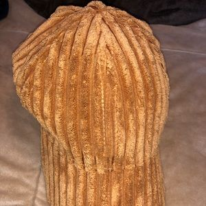 Free People ribbed fluffy hat